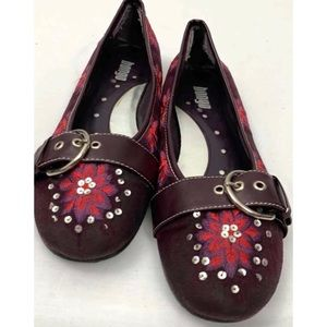 9.5 Maroon Suede Pink Embroidered Flats